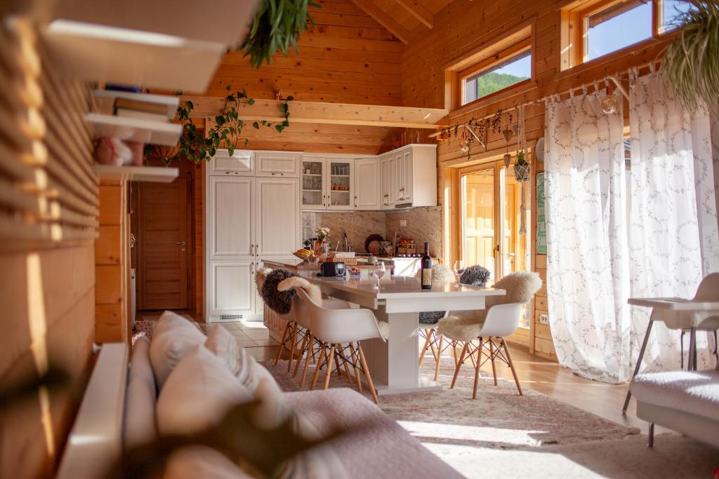 A restaurant or other place to eat at Amazing chalet in Kolasin Montenegro