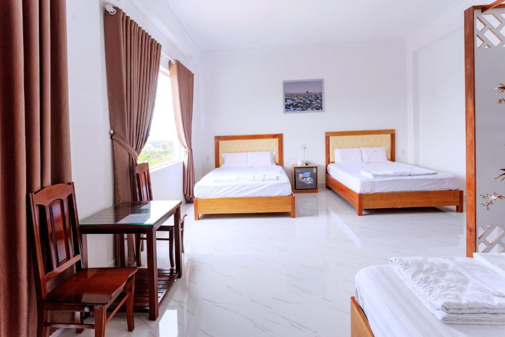 Phòng 2 Giường Đơn Với Giường Phụ