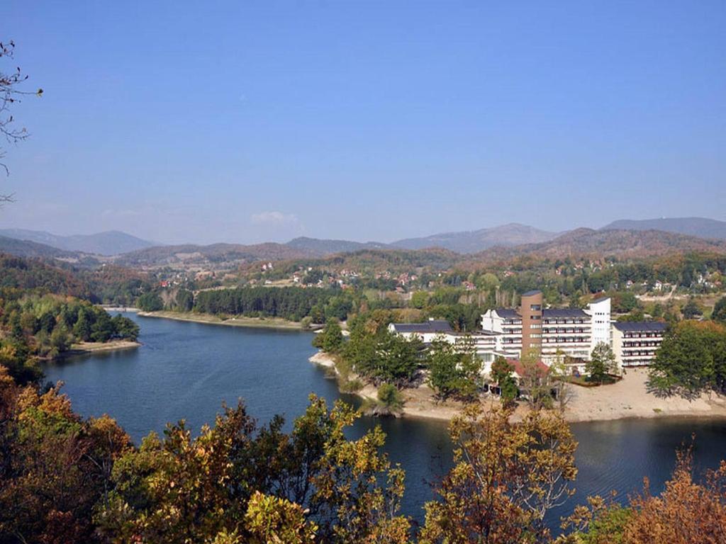 Jezero Hotel Srbsko Bor Booking Com