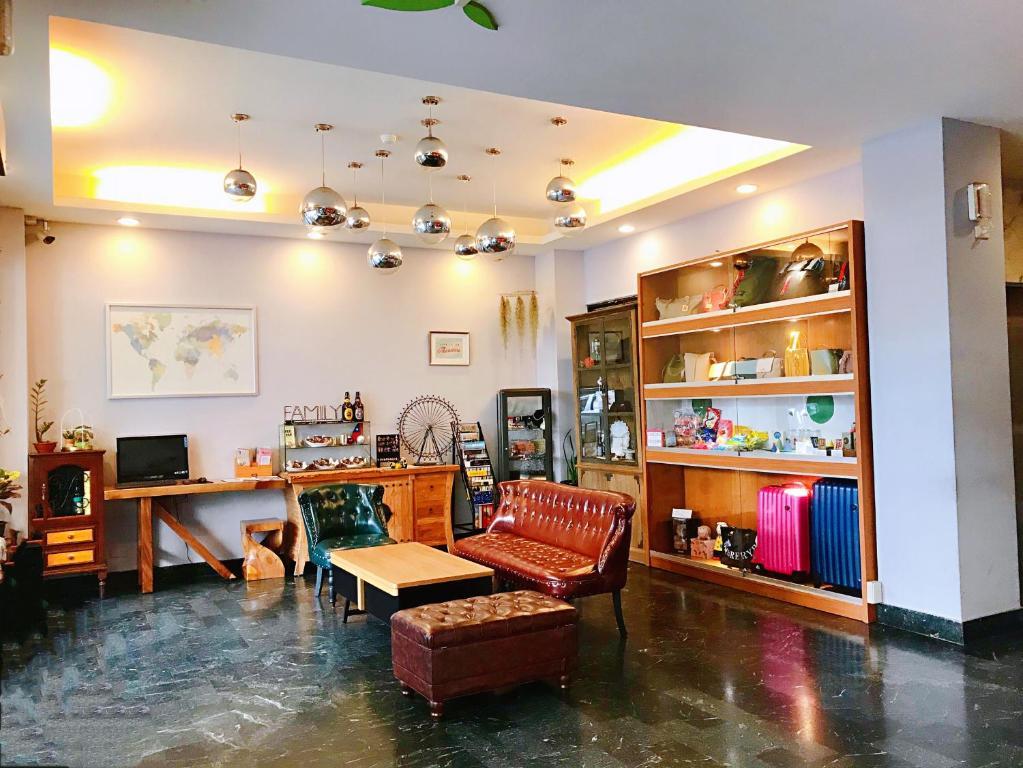 Prince Hotel, Chiayi City, Taiwan - Booking com
