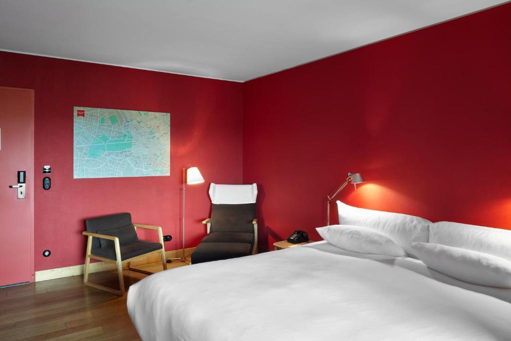 Ein Bett oder Betten in einem Zimmer der Unterkunft Casa Camper Berlin