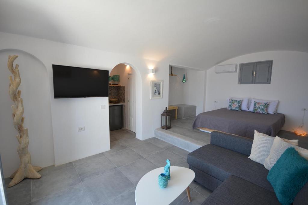 Santorini Sea View Apartments, Imerovigli – Prezzi ...