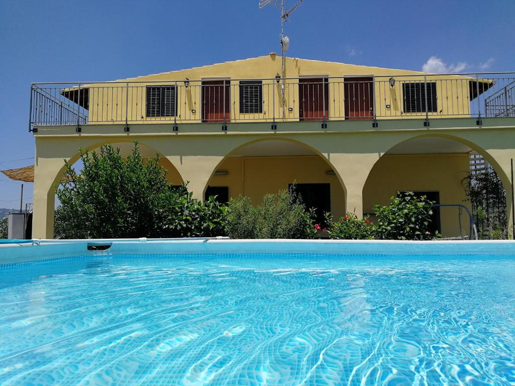 Villa Finaiti - Sole (Italien Floridia) - Booking.com