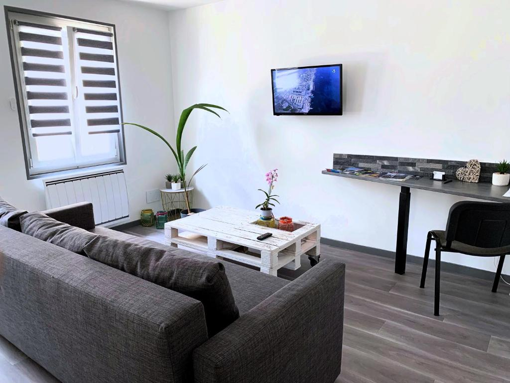 Apartment Eco Appart Jardin Des Plantes Rouen France Booking