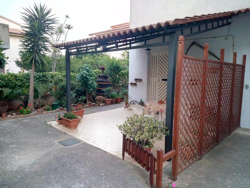 Pergola Maison En L b&b la petite maison, santa domenica – updated 2020 prices