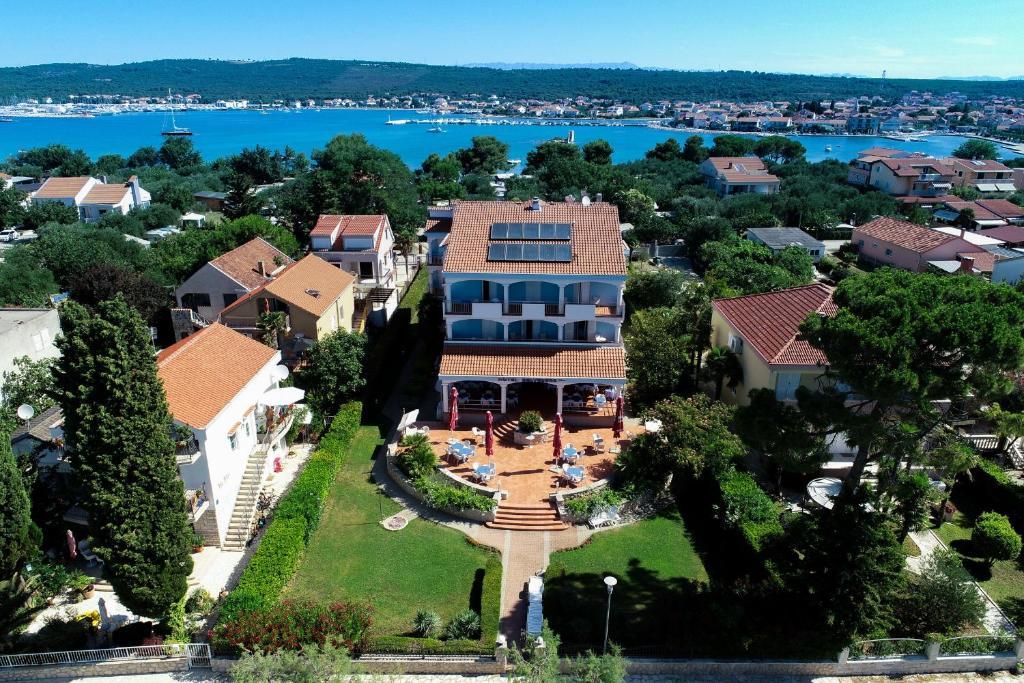 Tầm nhìn từ trên cao của Hotel Belvedere