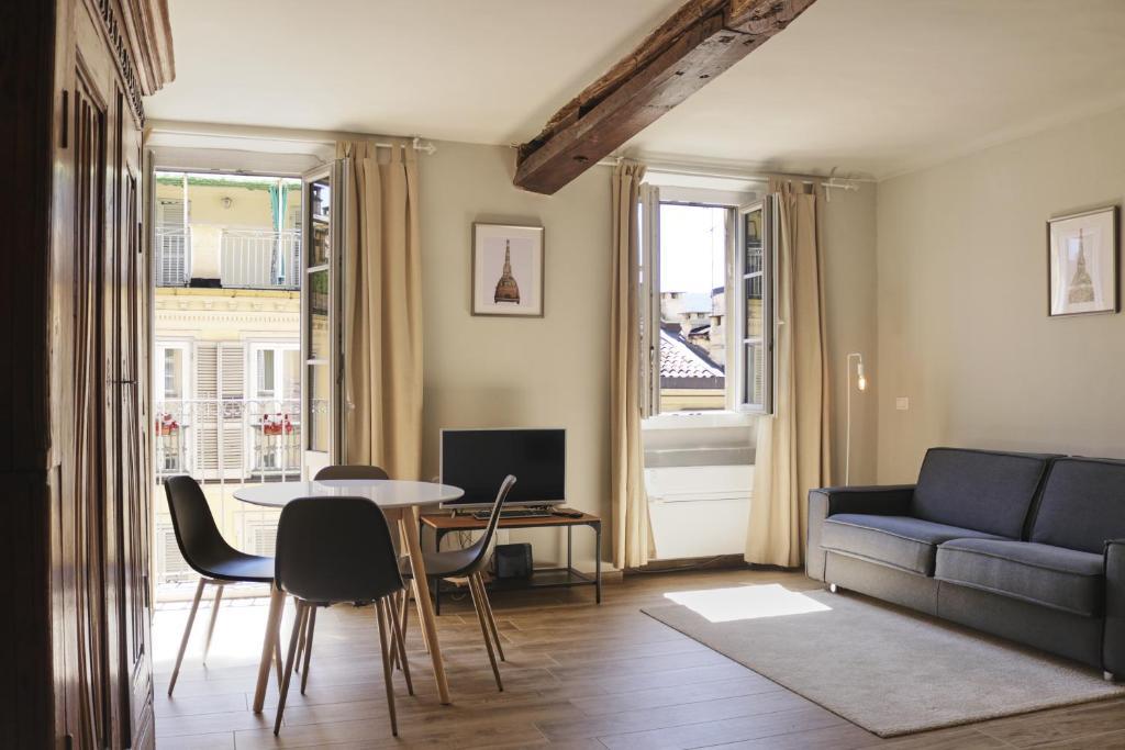 Divano Letto Castello Sydney.Casa San Massimo Turin Updated 2020 Prices