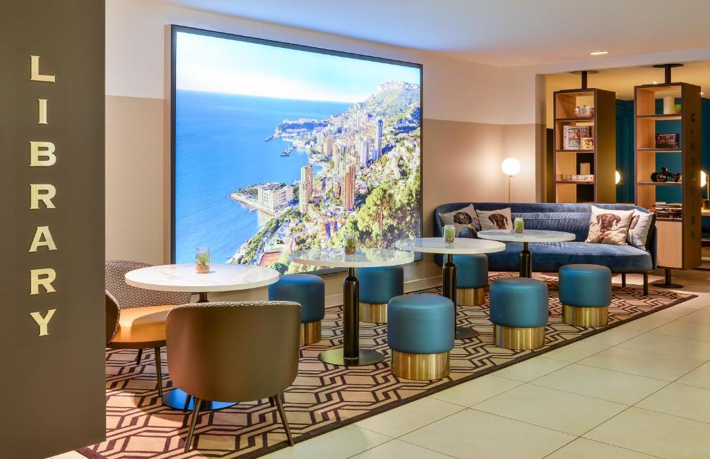 Salon ou bar de l'établissement Aparthotel Adagio Monaco Monte Cristo