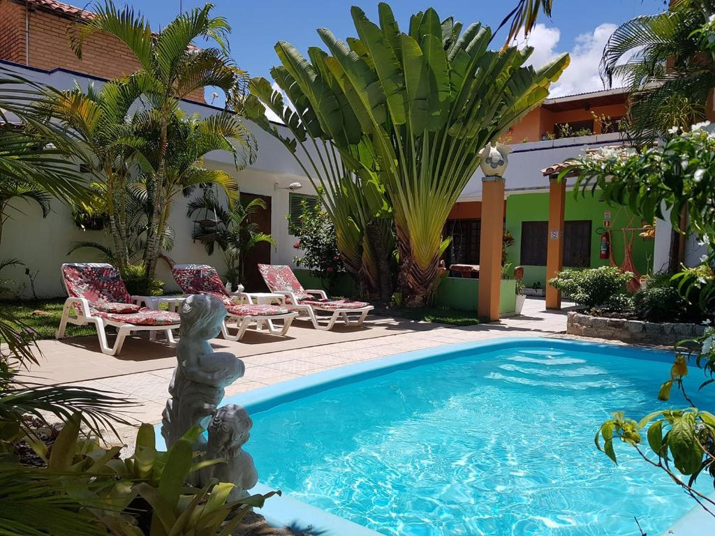 The swimming pool at or close to Pousada Sempre Graciosa