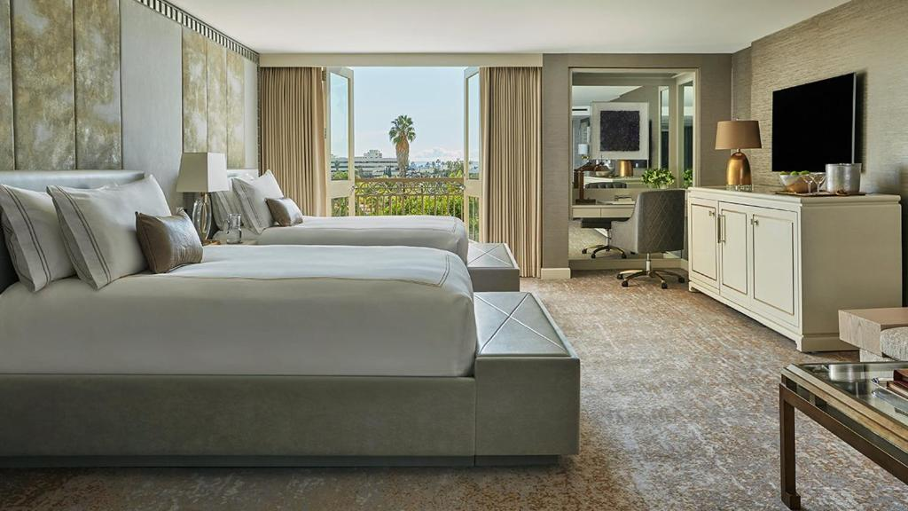 A room at Viceroy L'Ermitage Beverly Hills.