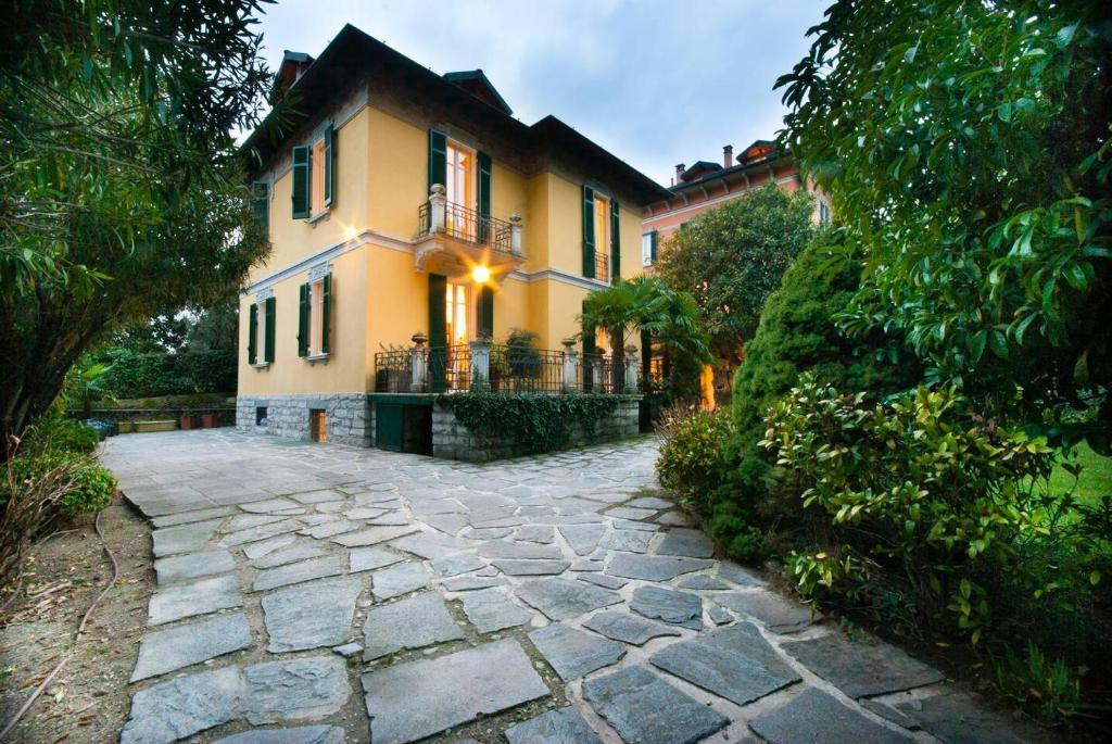 Private villa right by Villa d\'Este, Cernobbio – Prezzi ...