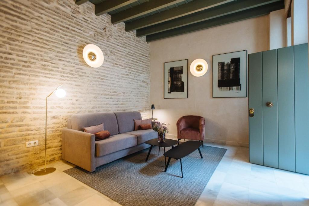 Rocio 17 Lovely Apartment With Shared Patio Siviglia