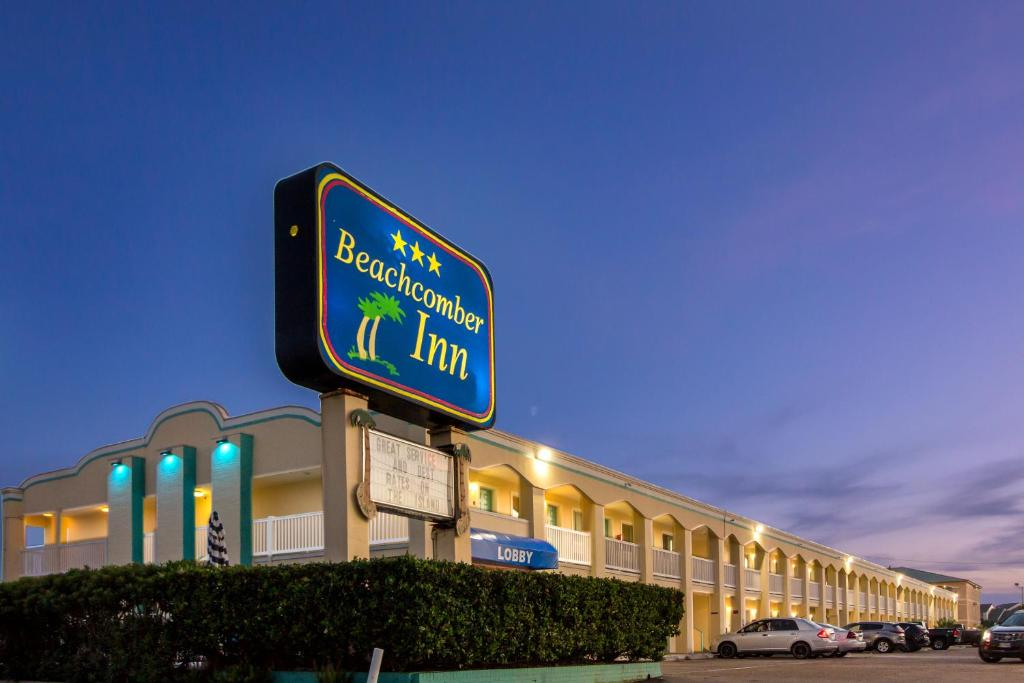 Beachcomber Inn By The Beach Galveston Tx Bookingcom