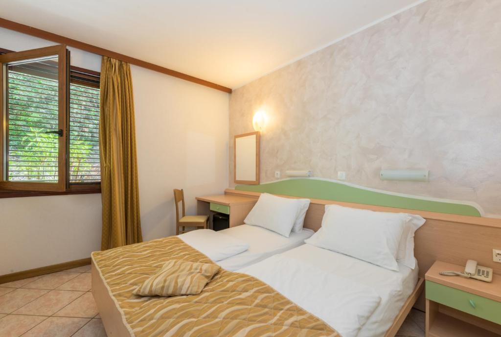 Hotel Narcis - Maslinica Hotels & Resorts