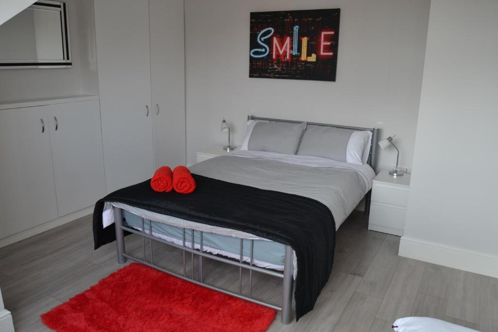 Apartment 2 Bedroom House Near Leeds City Centre Uk Booking Com