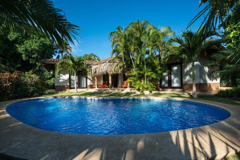 Piscina en o cerca de Tamarindo Dreams Villas with private pool