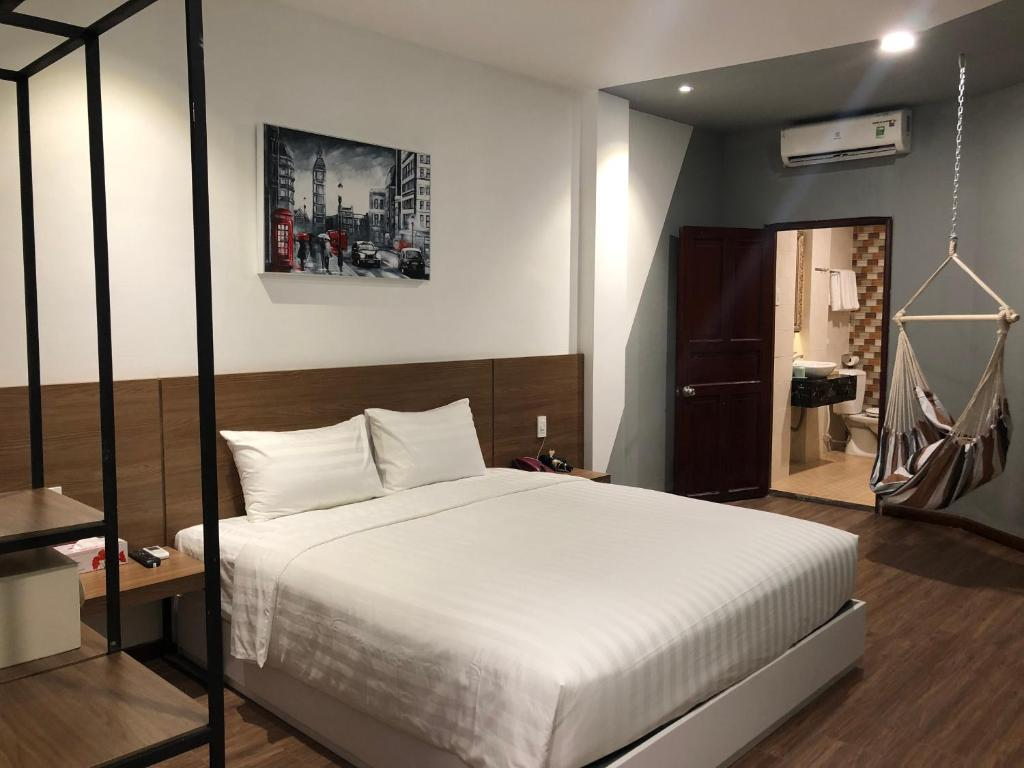 The MOKA Hotel