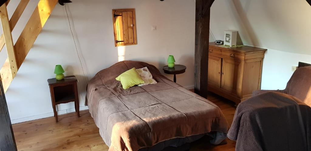 Un ou plusieurs lits dans un hébergement de l'établissement Ferme d'Hardinxent QUAD EVASION 62