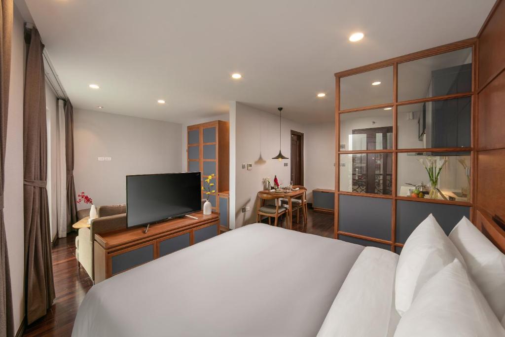 Suite - Miễn Phí Nhận Phòng Từ 10:00