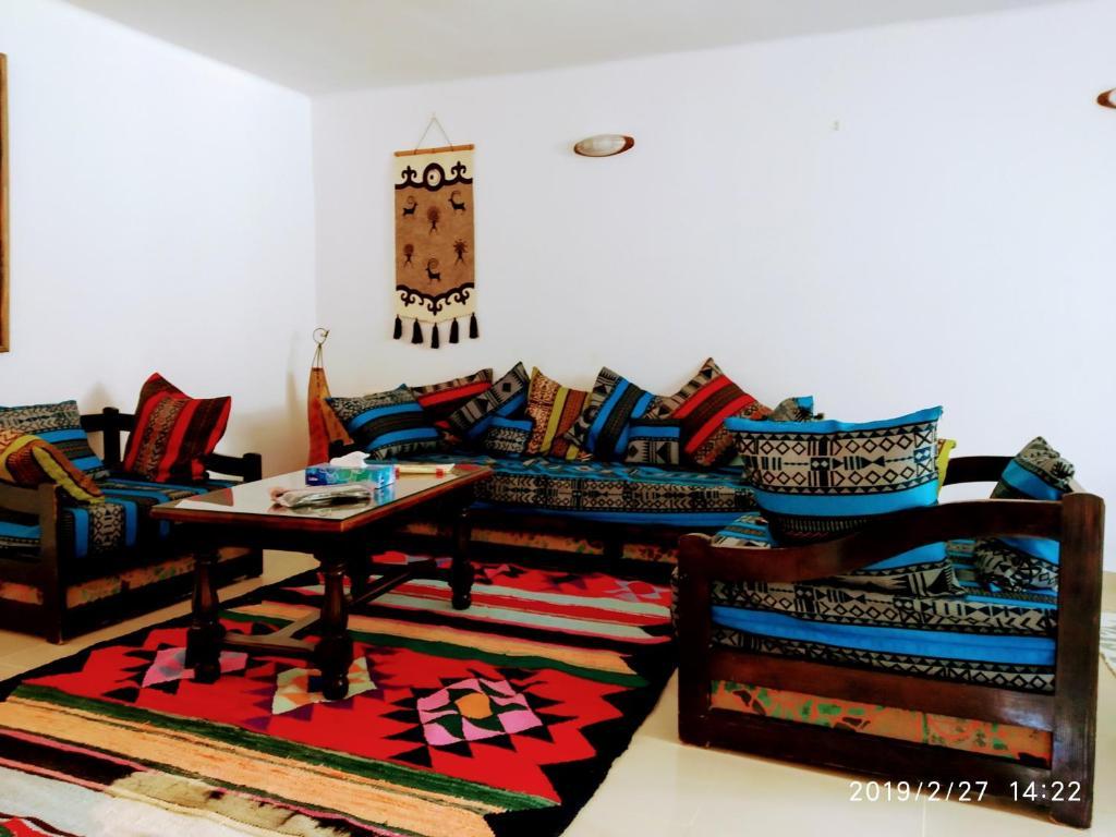 Table De Ping Pong Transformable villa azaiiza, rez de jardin, sousse, tunisia - booking