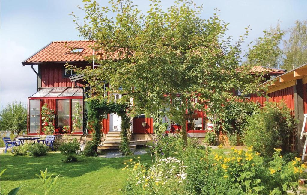Blid Vacation Rentals & Homes - Norrtlje SO, Norrtlje SO
