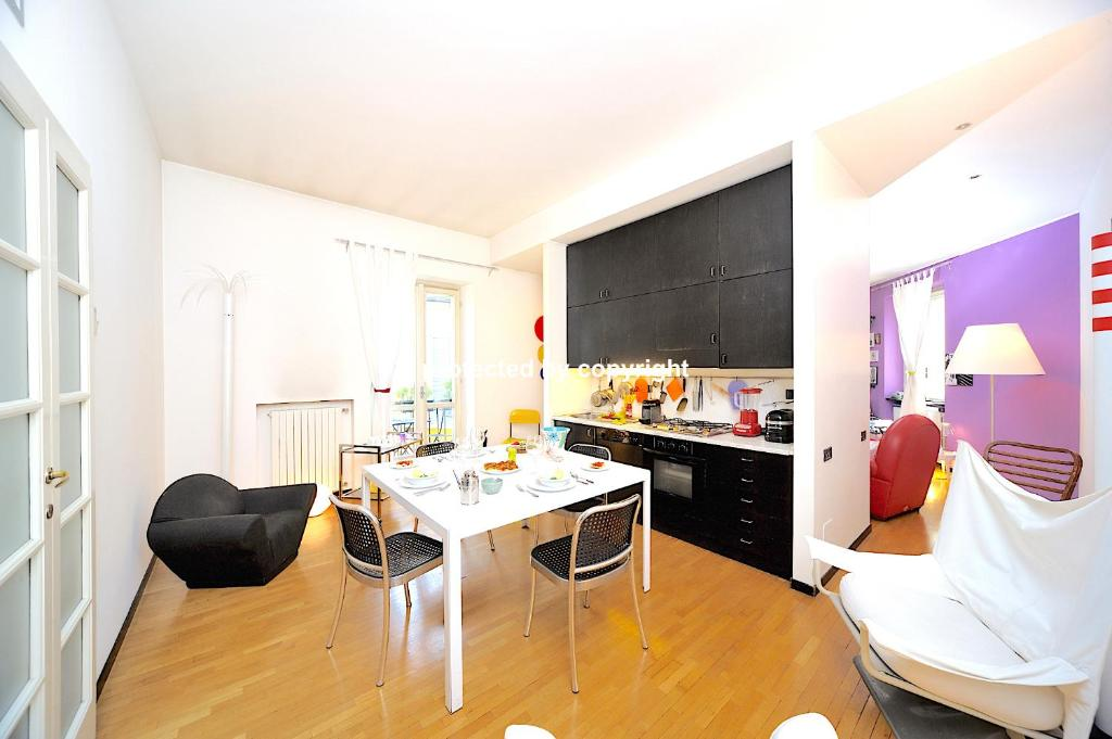 A kitchen or kitchenette at EXCLUSIVE CENTRAL APT LIFT PRIVATE CAR PARK