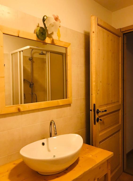 Letto A Castello Twins.Apartment Un Letto A Castello Castello Tesino Italy