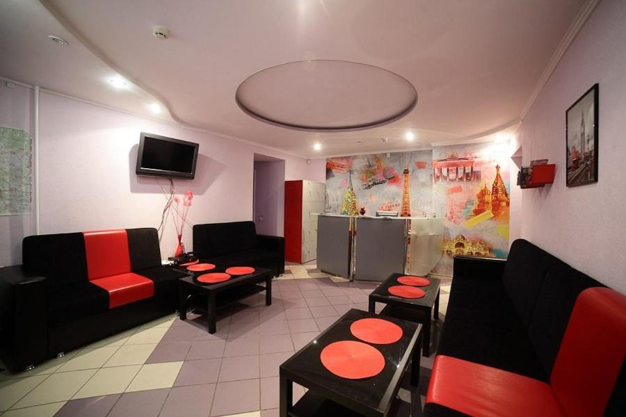 The lobby or reception area at VIVA Hostel