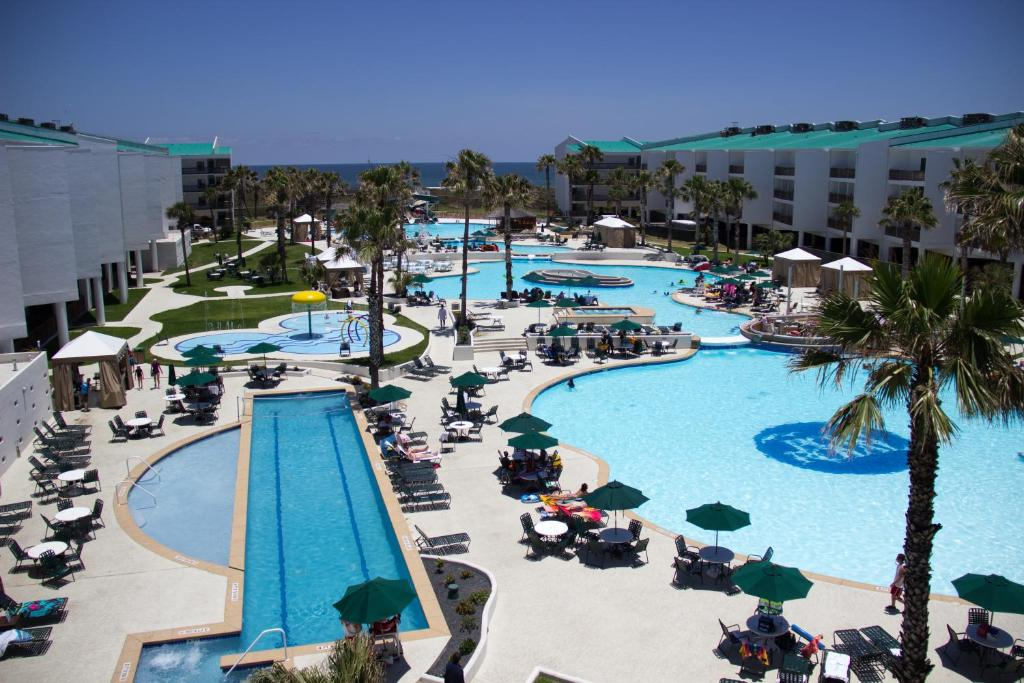 A view of the pool at Port Royal Ocean Resort & Conference Center or nearby
