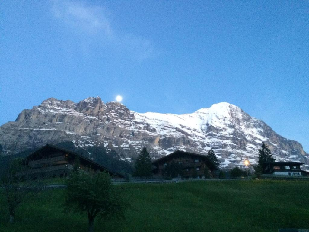 Luxury, new - amazing views Grindelwald Eiger Jungfrau Mönch ...