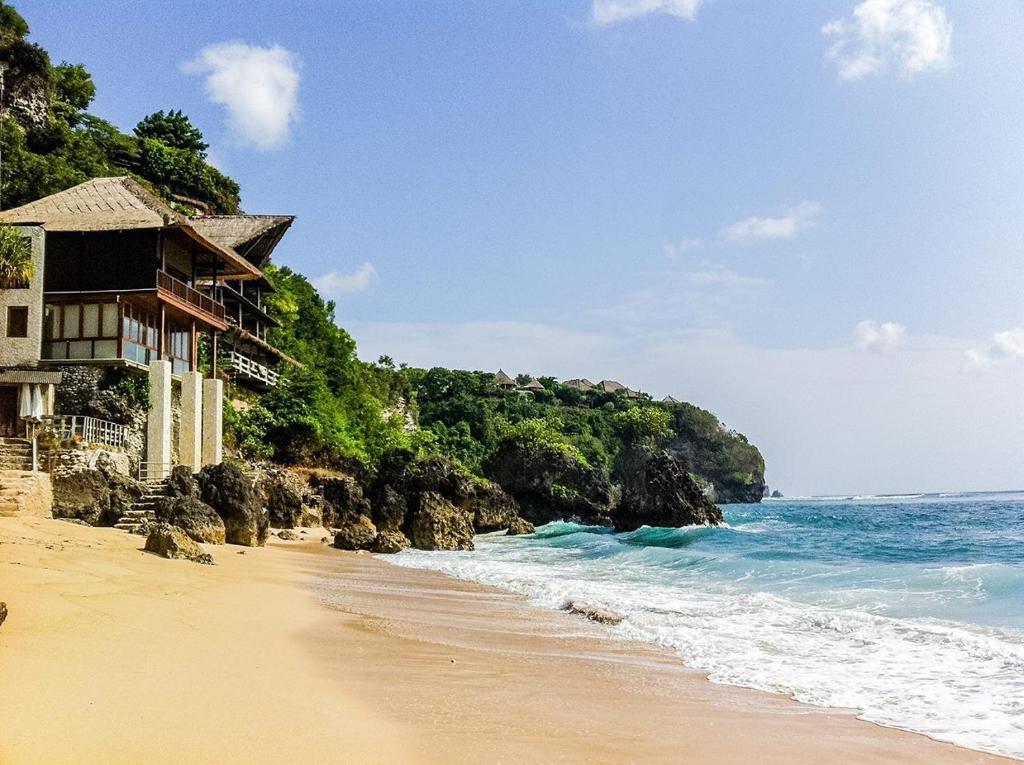 Villa Bingin Beach House, Uluwatu, Indonesia - Booking.com