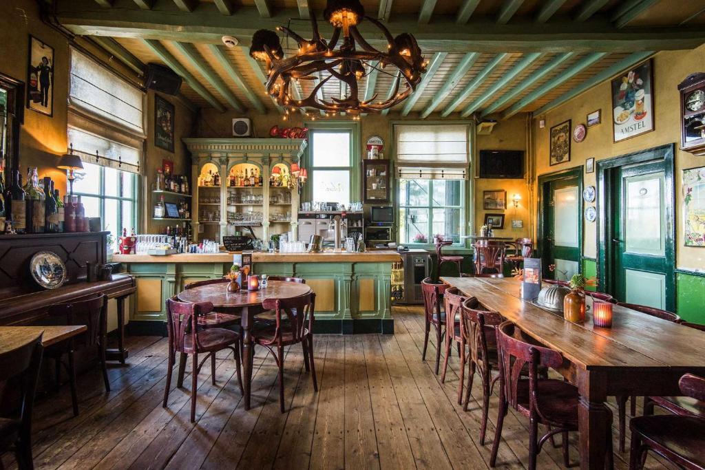 Booking.com: Ferienhaus Maison aan het Water , Opheusden ...