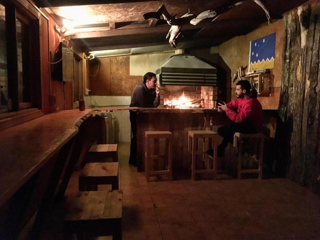 Guests staying at Hostal Backpacker Cortes