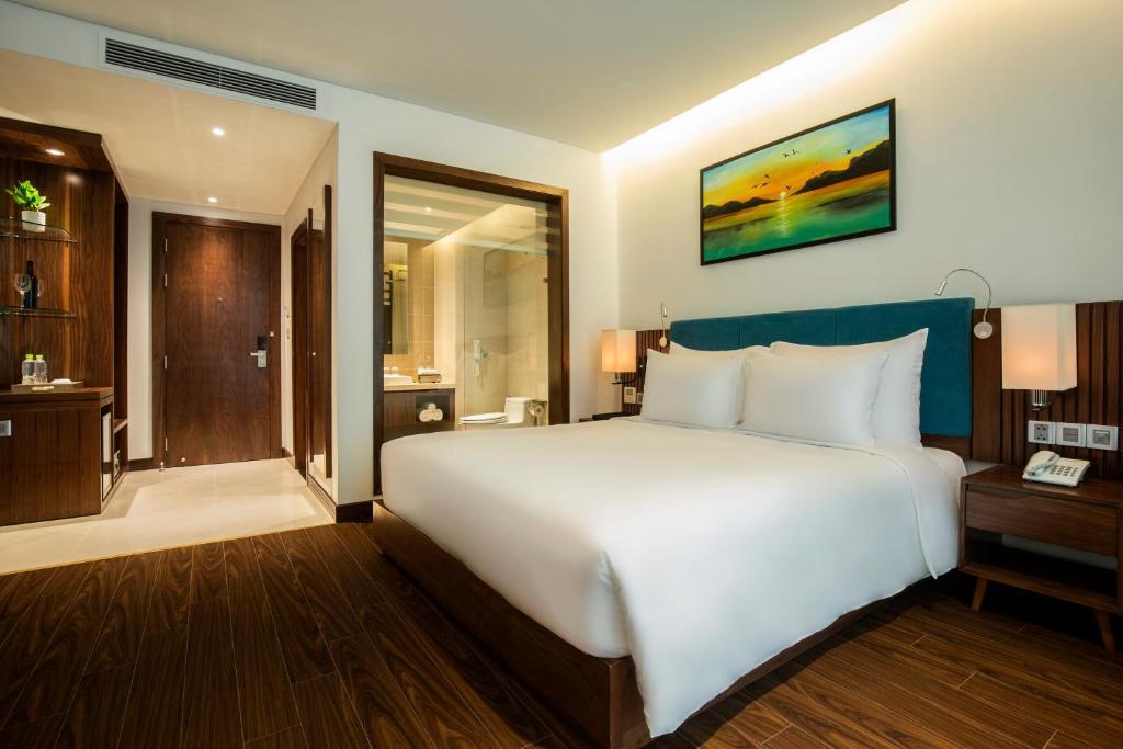 Phòng Deluxe Giường Đôi - Kèm Trà Chiều