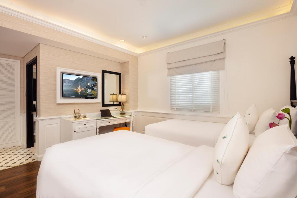 Phòng Deluxe 2 Giường Đơn Có Cửa Sổ - Bao Gồm Bể Jacuzzi & Phòng Xông Hơi Khô Trên Sân Thượng