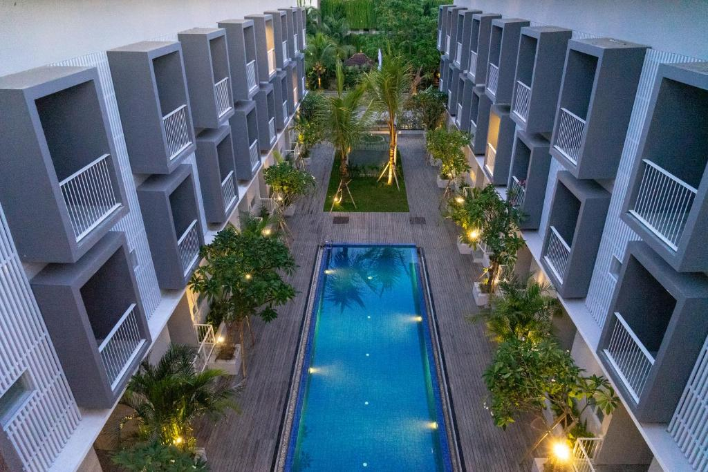 A view of the pool at The Rooms and Apartment or nearby