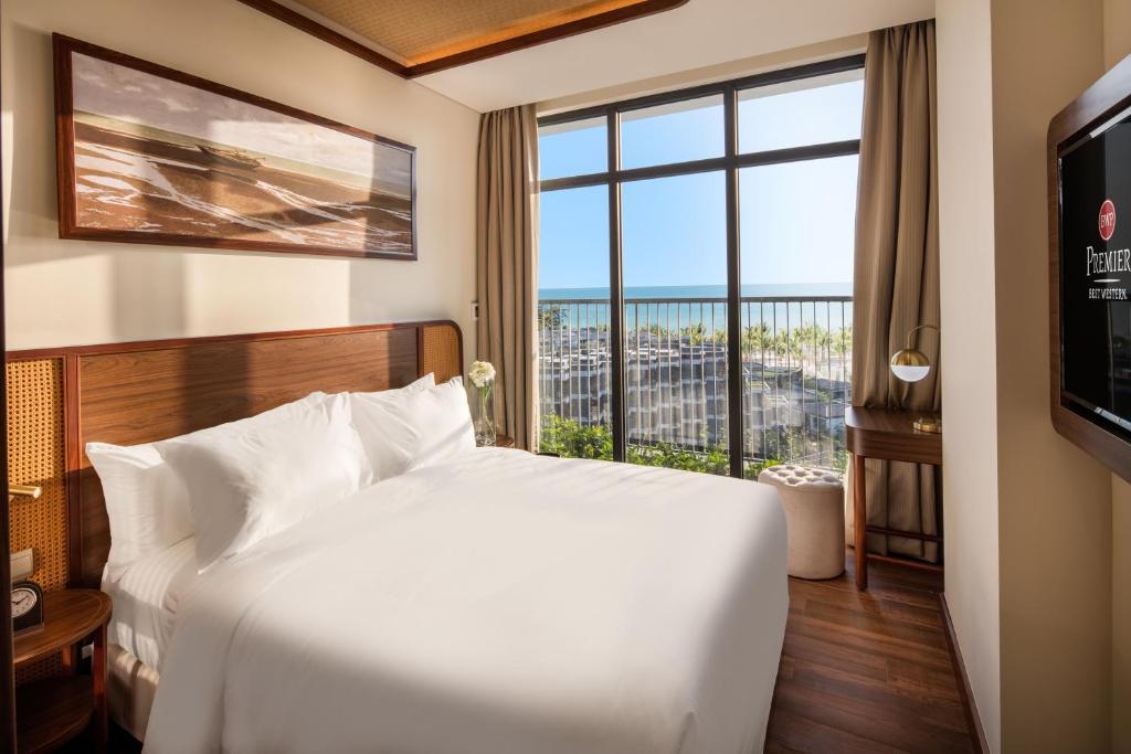 Phòng Premier Deluxe có giường cỡ King