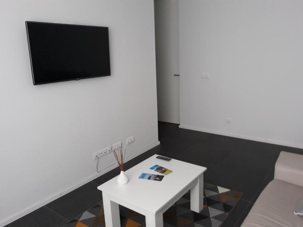 TV/trung tâm giải trí tại Angra Downtown