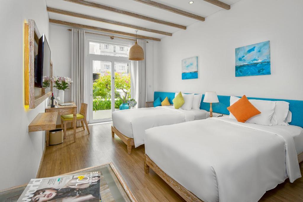 Phòng Deluxe 2 Giường Đơn có Ban công và Nhìn ra Thành phố