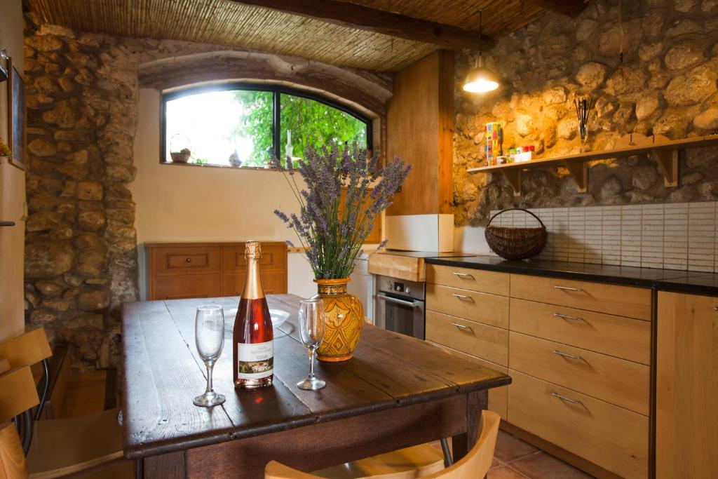 Cal Pau Cruset, Torrelles de Foix (con fotos y comentarios ...