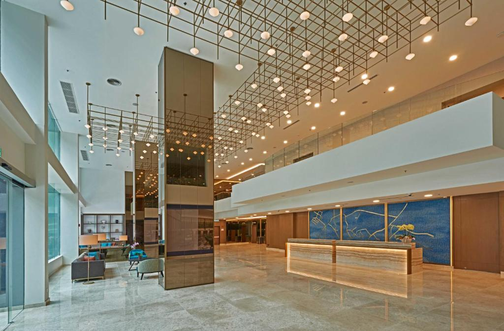 The lobby or reception area at Swiss-Garden Hotel Bukit Bintang Kuala Lumpur