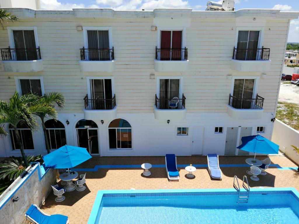 The swimming pool at or near Hotel Dominicana Plus Bavaro