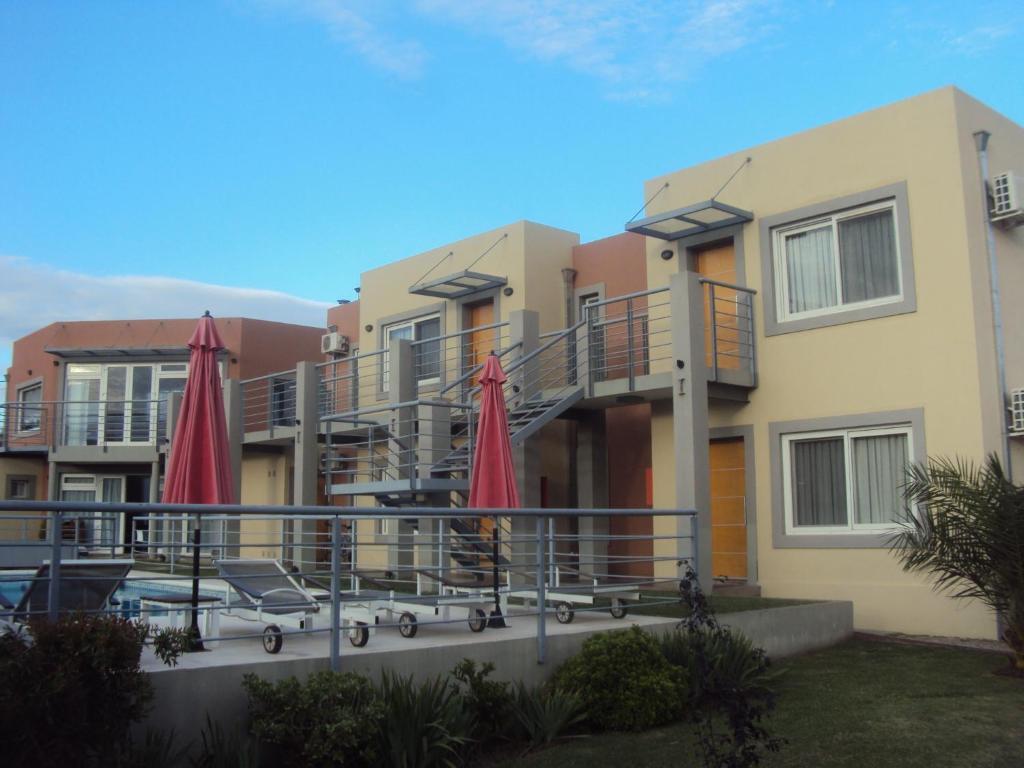 Hotel Boutique Lazara (Argentina Merlo) - Booking.com
