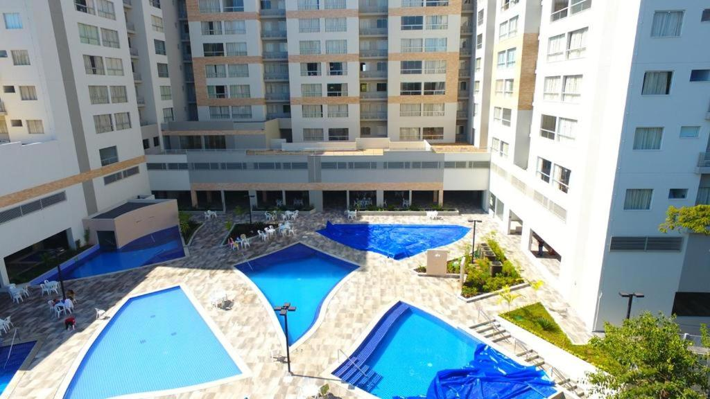 A view of the pool at Park Veredas or nearby