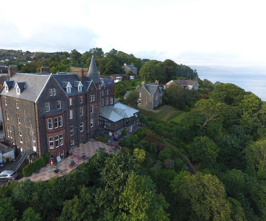 A bird's-eye view of Western Isles Hotel
