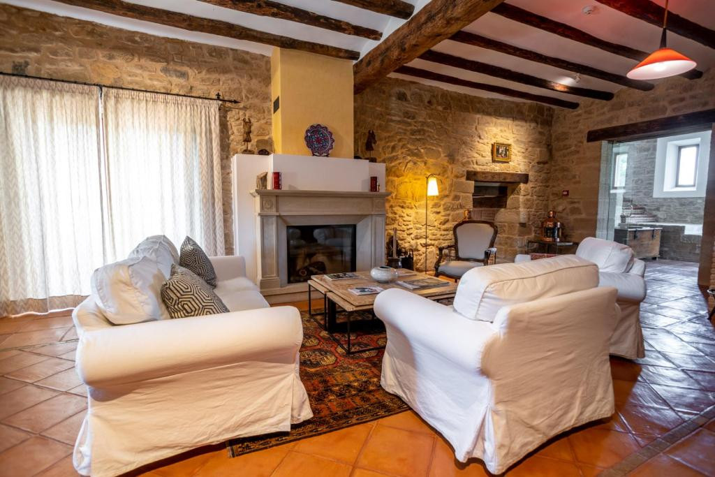 boutique hotels valderrobres  9
