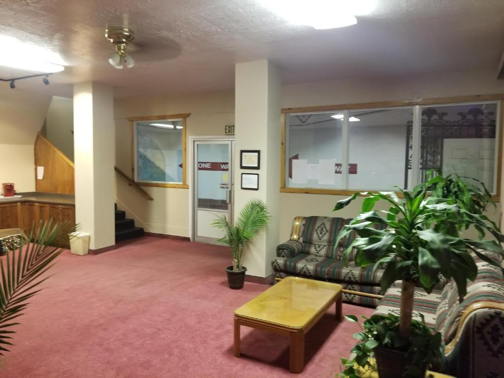 The lobby or reception area at The Historic Panguitch Hotel