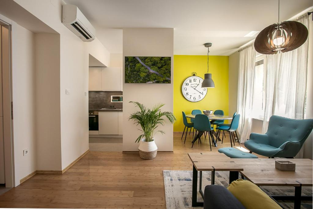 Miró Studio Apartments Zagreb One Bedroom Apartment