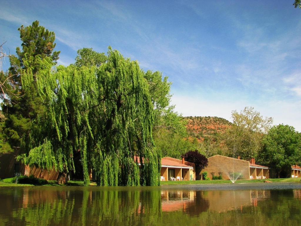 Piscina en o cerca de Villas at Poco Diablo by VRI Resort