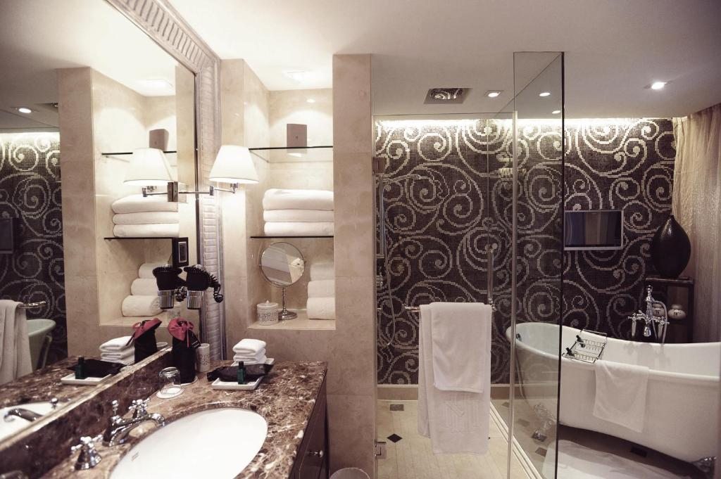 A bathroom at Sofitel Legend Metropole Hanoi